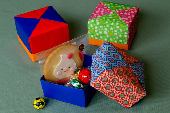 折り紙】箱の折り方・作り方 : 折り紙小物入れ折り方 : 折り方